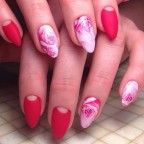 Chick pink rose nail art design. A very bright and flirty color for a rose nail art. The overall design is very fun and cute and this would be something you would want to have when you're going on a party or meeting old friends.