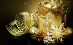 Download wallpapers New Year, 4k, golden gift box, 2018, Christmas, golden ribbons, cones, concepts