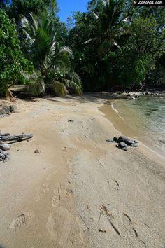 L'anse Figuier à Rivière-Pilote dans le sud de la Martinique. Jolie vue sur la côte sud de l'île et le rocher du Diamant.