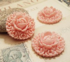 2pcs Matte Peach  20mm Highly Detailed Resin Rose by CMVision