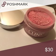 Limited Edition Clinque Face Powder This rare and limited Face Power from Clique. It goes on like a clear powder, but gives you that glow and sparkle your wanting. It's it full Clinique Makeup Face Powder