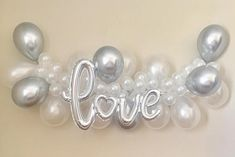 Welcome to Sweet Escapes By Debbie So classy! This pearl white and silver chrome combo is just the right match! This garland is a great way to add that pop to your party. Making your own backdrop has never been easier! With this complete kit you can make a beautiful statement