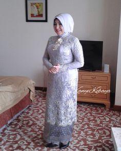 Model Kebaya Muslim, Kebaya Modern Hijab, Kebaya Hijab, Kebaya Brokat, Muslim Dress, Kebaya Lace, Batik Kebaya, Kebaya Dress, Modest Long Dresses