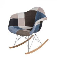 Organikus, formázott ülés, az íves fa lábak igazán vonzzák a tekinteteket! A P018 RAR hintaszékeket elsősorban azoknak ajánljuk, akik szeretik a merész színeket és egyedi megoldásokat. Innovatív belső és klasszikus terekbe tökéletesen beleillik. Rocking Chair, Fa, Modern, Furniture, Home Decor, Scrappy Quilts, Chair Swing, Trendy Tree, Decoration Home