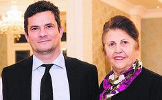 http://netnewsnoticias.com/news/m221we12t35201a5421z/4e446b35/4f446b354d413d3d/restaurante-madalosso-troca-foto-de-lula-por-juiz-sergio-moro