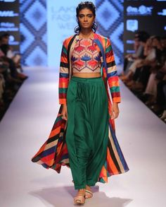 Forest Green Dhoti pants - Swati Vijaivargie - LFW Winter/Festive - Off The Runway Latest Indian Fashion Trends, Ethnic Fashion, Love Fashion, Latest Trends, Indian Dresses, Indian Outfits, Types Of Trousers, Maroon Dress, Lakme Fashion Week