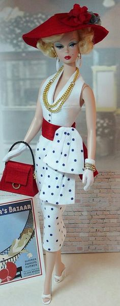 Today's Bazaar - Barbie http://media-cache-ak0.pinimg.com/originals/ec/45/64/ec4564b714088cfb4bdc819a92f2f452.jpg