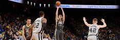The Warriors rode Klay Thompson's hot hand to a 122-105 victory over the Spurs on Saturday night at Oracle Arena. Thompson hit his first five three-point attempts and had a game-high 25 points, while Stephen Curry and Draymond Green each turned in 17 points apiece in the Dubs' second straight win.