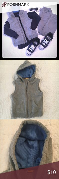 Baby GAP heather gray vest Size 5 years Baby GAP vest in heather gray with light blue thermal lined hood in size 5 years.  Adorable layering piece in classic color! GAP Jackets & Coats Vests
