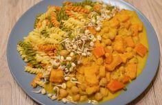 Veganské dýňové kari s cizrnou - HealthyLifeKarol. Vegan Recipes, Vegan Food, Garam Masala, Ethnic Recipes, Vegane Rezepte, Vegan Meals, Vegetarian Food, Veggie Food, Vegan Dinner Recipes
