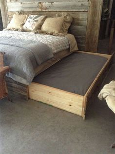 Wooden dog bed attached to main bed. If you have a dog that loves to sleep in yo… Wooden dog bed attached to main bed. If you have a dog that loves to sleep in your room here is the perfect co-sleeping arrangement. Diy Bett, Diy Dog Bed, Large Dog Bed Diy, Homemade Dog Beds For Large Dogs, Pet Beds Diy, Doggie Beds, Puppy Beds, Diy Bed Frame, Bed Tent