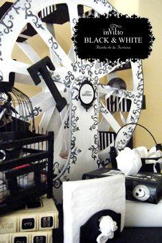 BLACK & WHITE (RUEDA DE LA FORTUNA y ACCESORIOS)
