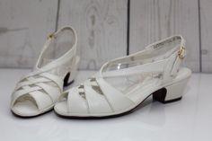 """Soft Style by Hush Puppies Vista Sz 5M Medium White Strappy Slingback 2"""" Heels    eBay"""