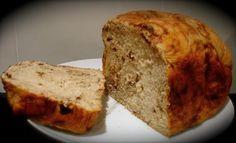 Pan de leche con pepitas de chocolate (en panificadora) Pan Bread, Bread Cake, Gluten Free Recipes, Bread Recipes, Sin Gluten, Banana Bread, Bakery, Food And Drink, Meals