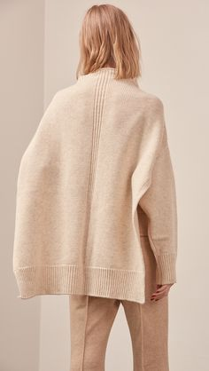 Erin Sweater – LOÉIL
