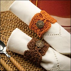 Buttoned Napkin Rings  Crochet! Magazine, Autumn 2012