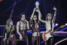 maneskin - Αναζήτηση Google Carrasco, Celebs, Celebrities, Cool Cats, Miley Cyrus, Rotterdam, Music Artists, Rock Bands, Rock N Roll