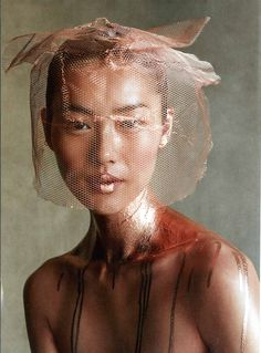 Liu Wen by Patrick Demarchelier for Vogue US, February Editorial beauty photo. Copper netting over hair and face. Metallic bronze paint on body. Patrick Demarchelier, Photography Beach, Editorial Photography, Portrait Photography, Photography Ideas, Moda Fashion, Fashion Art, Trendy Fashion, Street Fashion
