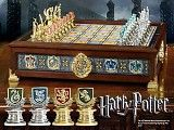 HP - The Hogwarts ™ Houses Quidditch Chess Set