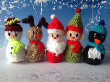 ferrero rocher and christmas diy gift images Knitted Christmas Decorations, Diy Christmas Ornaments, Christmas Tag, Diy Christmas Gifts, Christmas Projects, Christmas Pudding, Christmas Things, Christmas Ideas, Christmas Wreaths