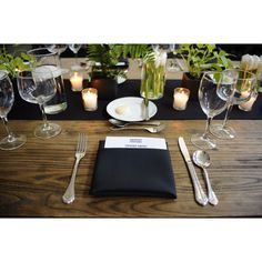 The tables are set . . . at Epicurious Entertains Chicago
