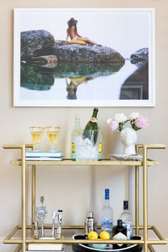 Bar cart perfection: http://www.stylemepretty.com/living/2015/08/13/behind-the-blog-the-peak-of-tres-chic/ | Photography: Molly Winters - http://mollywintersphotography.com/