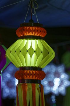 Get Crafty With These Easy and Incredible Homemade Craft Ideas - Craft Cue Diwali Lantern, Diwali Lamps, Ramadan Crafts, Diwali Craft, Diwali Diya, Homemade Lanterns, Lantern Crafts, Diwali Decoration Items, Traditional Lanterns