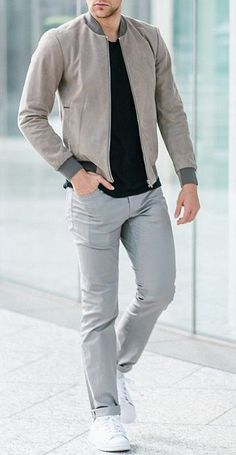 Embrace the Smart Casual Style Mens Chinos Smart Casual Outfit, Smart Casual Menswear, Classy Casual, Casual Outfits, Men Casual, Casual Styles, Classy Style, Dress Casual, Smart Casual Man