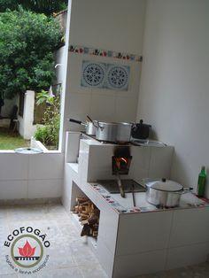 Fotos Ecoforno - Fogão a lenha ecológico Ecofogão Outdoor Kitchen Design, Modern Kitchen Design, Home Decor Kitchen, Rustic Kitchen, Kitchen Interior, Home Kitchens, Indian Home Design, Kerala House Design, Indian Home Decor