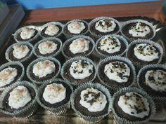 Cupcakes al cioccolato con frosting al mascarpone!
