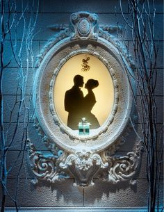 So perfectly elegant and romantic! Tiffany & Co. holiday window display