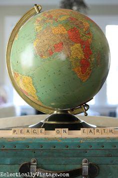 Vintage light up globe - a fun Christmas decoration eclecticallyvintage.com