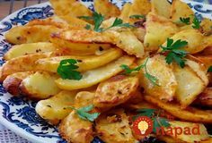 Jogurtové zemiaky pripravené na turecký zpôsob Vegetarian Cooking, Cooking Recipes, No Cook Appetizers, Czech Recipes, How To Cook Potatoes, Potato Dishes, Cooking Light, Food 52, Side Dish Recipes