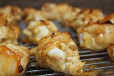 Savory chicken drummettes More