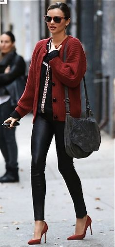 Cute and cozy! Leather leggings with a loose sweater and heels! Miranda Kerr/Isabel Marant