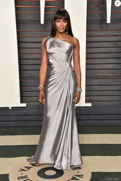 Naomi Campbell in Versace. Oscars 2016 Vanity Fair Party