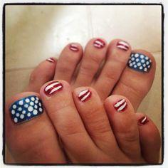 My 4th of July nails #nailart #4thofJuly #toenails