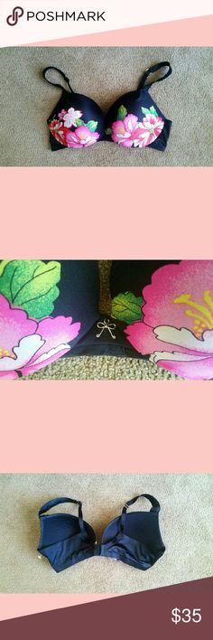 VS Victoria's Secret Pink Floral Plunge Bra 38D Black & Pink Hawaiian Floral, has underwire.....NEW WITHOUT TAGS! Victoria's Secret Intimates & Sleepwear Bras