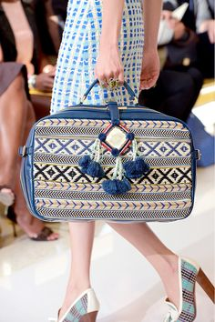 Tory Burch Spring 2013 Purses And Handbags, Best Handbags, Boho Chic, Street Fashion, Runway Fashion, Tory Burch, Vintage Clothing, Fashion Bags, Fashion Accessories