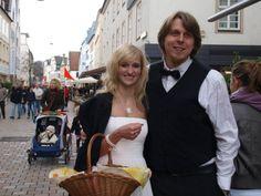 Glückskeks-Aktion! Unser Brautpaar auf der Suche nach einem Gewinner!