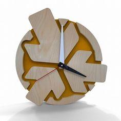Arrows Clock 2553