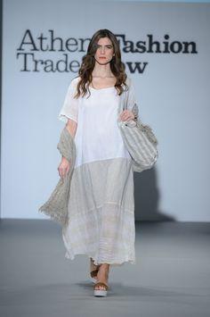 Gorgeous white long linen dress+linen bag. 100% Natural fabrics Greek Fashion, Linen Bag, Linen Dresses, Greek Islands, All About Fashion, Summer Collection, Fabrics, Spring Summer, Natural