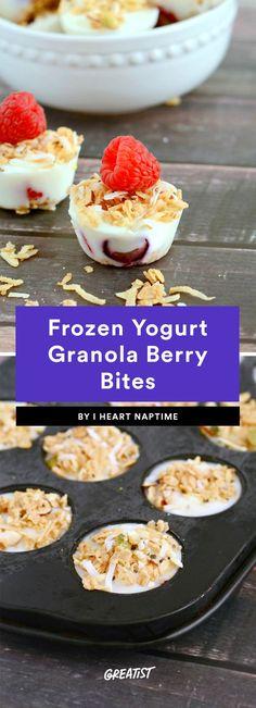 Frozen Yogurt Granola Berry Bites
