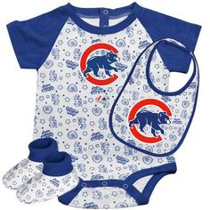 46efa3be9dd Majestic Athletic MLB Infant Toddler Boys  Chicago Cubs Onesie Bib   Bootie  Set (Royal