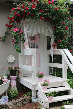 Love the shabby chic entrance
