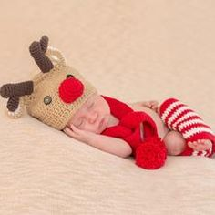 3 Piece Red Nosed Reindeer Set for Newborns - Gender Neutral Christmas Set icon