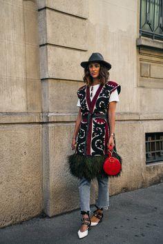 Prada SS18 Streetstyle - Milan Fashion Week - shot by - @stacieyue