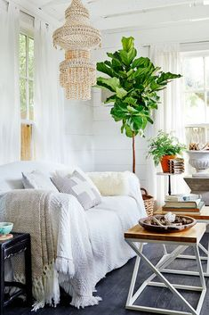 Some of our favorite fresh, crisp, clean, and fantastically inspiring neutral spaces.