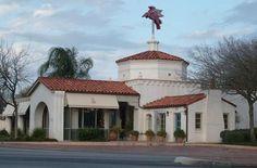 Alamo Heights Tx - The Texaco gas station! See, even our gas stations are purty! Alamo Heights, Texas Pride, Texas History, Texas Hill Country, Gas Station, San Antonio, Texaco, Weekend Trips, Jfk