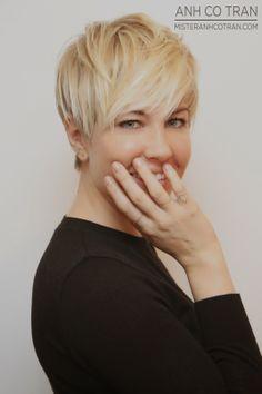 LA: A MICHELLE WILLIAMS TYPE SHORT PIXIE. Cut/Style: Anh Co Tran. #pixie #hair #model #style #beautiful #anhcotran #ramireztransalon #shorthair #blonde